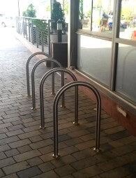 מתקן אופניים למרכז קניות