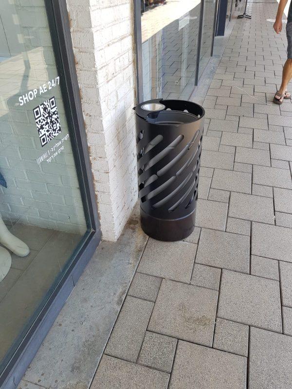 פח אשפה מעוצב לקניונים