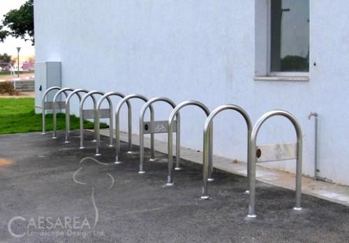 מתקן אופניים U לרחובות