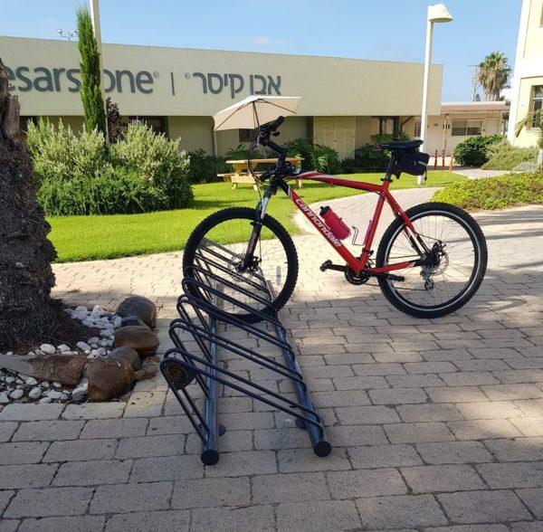 מתקן אופניים יציב ואיכותי